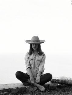 Leslie Feist. She wears good hats.
