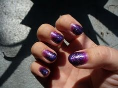 Sparkly Gradient Nails – For $5