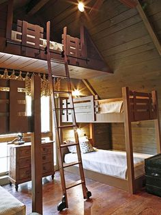 Lakehouse bunk beds