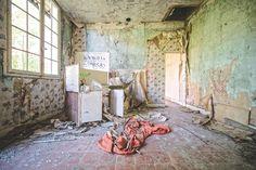 residential graffiti kitcheny Haunting photos of abandoned castles