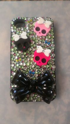 Monster High themed DIY phone case for iPhone 4/4s. Bling phone case.