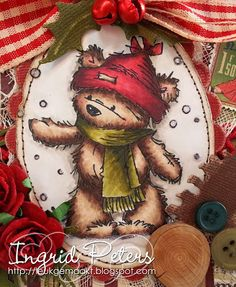 Copic Marker Benelux: Kerstkaart  The stamp from Lily of the Valley. Bear : E49, 47, 44, 43, 42 cap : R89, 59, 37, 35, W7, 5, 3 scarf : BG99, YG99, 97, 95, 93 Background : W5, 3, 1, 0