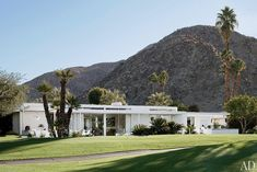 mid century modern, golf courses, desert, architectural digest, dream homes, palm springs, hous, bungalow, mid century homes