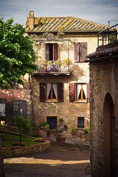 tuscani, dream, balconi, hous, tuscany italy, travel, place, monticchiello, itali