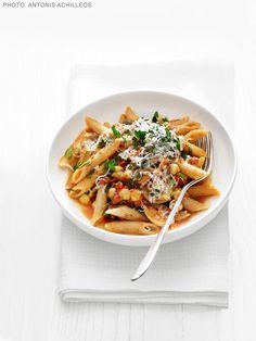 Whole-Grain Pasta with Chickpeas and Escarole