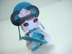 FREE printable kokeshi paper toy