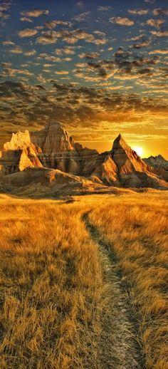Medicine Root Trailhead in Badlands National Park, South Dakota • photo: Dan Anderson on Flickr