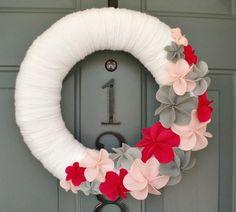 pretty yarn wreath