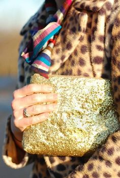 Never enough with glitter- Sparkling glitter purses for special occasions
