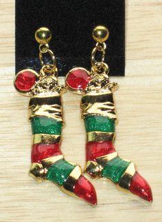 Stocking earrings by juBEADlation on Etsy, $8.00