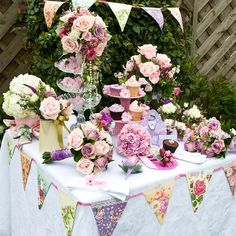 What About Wedding Flower Trends This Year?   The Wedding Specialists