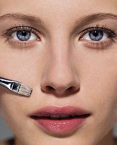 How to cover absolutely everything.. from blemishes, to red spots and cold sores, to dark circles. A Beauty Editor's blog. Lot's of info!