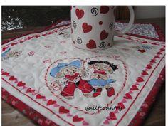 Valentine cowpokes mini quilt, western repro Mug Rug, vintage hanky print small table topper. $12.00, via Etsy.