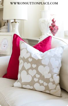 No-sew heart pillow