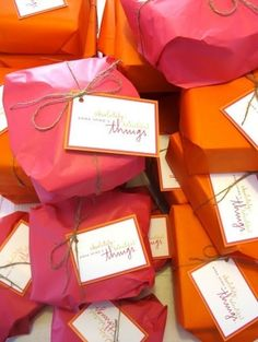 idea, gift wrap, packag, color, door prizes, gift tags, pink, oranges, little gifts