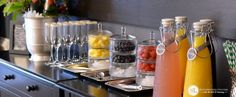 Setting Up a Mimosa Bar (with free party printables)