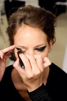 eye makeup, cat eyes, freja beha erichsen, dramatic eyes, beauti, winged eyeliner, eye liner, hair, black