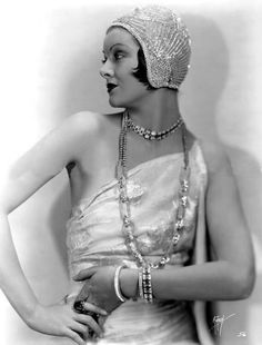 Myrna Loy, 1930s. - Amazing beaded hat.