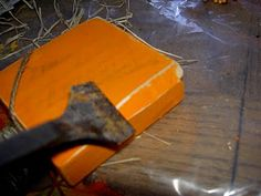 How to distress wood for wood crafts