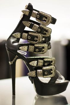 If I would wear heels, I might consider wearing these!