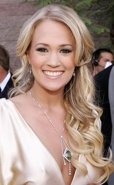 Carrie Underwood Hair inspiration