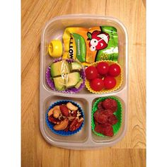 Some fun finger foods packed for lunch! | with @EasyLunchboxes containers