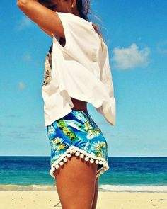 fashion, pom poms, high waisted shorts, outfit, summer beach