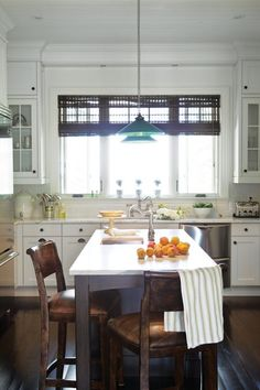 Lakeside Retreat Kitchen | photo Kirsten Hinder | @Allison House! and Home