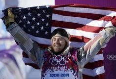 La primera medalla de oro Sochi 2014 de los EE.UU.| AFP PHOTO