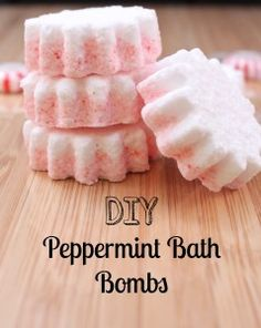 DIY Peppermint Bath Bombs - great holiday gift!   Can be made using Young Living Essential Oils:  https://www.youngliving.org/bkmomto3  #spon