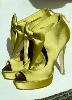 Avacado Satin Bow Heels. Free shipping: http://findanswerhere.com/womensshoes