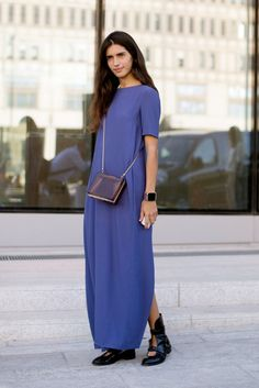 Make a simple dress standout with bold accessories // #StreetStyle