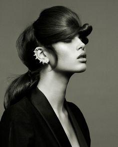 Extravagant hair