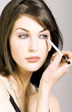 eyelin eye, eye makeup, liquid eyelin, eyelin style