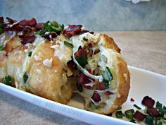 Hun... What's for Dinner?: Bacon-Mozzarella Accordion Style Garlic Bread