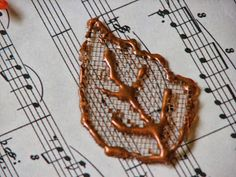 Ink Stains: Fun Fall Embellishment - Mesh Leaves