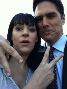 Paget Brewster and Thomas Gibson=0)!