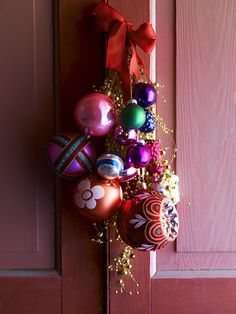 Christmas ornaments - I love this so much more than a wreath