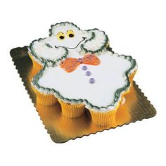 Cake made out of Ghost cupcakes