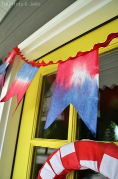Tie Dye 4th of July Pennant Banner at Tatertots and Jello #DIY
