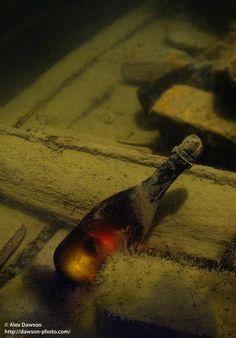 200 year, baltic sea, champagne, seas, sea shipwreck