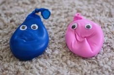 """squeeze friends... fill balloon with corn starch... """"stress relievers"""""""