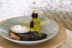 Ancient Egyptians used chamomile in massage oils for tranquil sleep. Try it yourself! #inbedwithFS