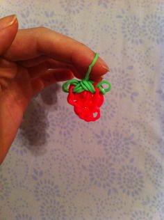 Rainbow loom strawberry
