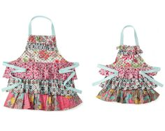 """THE CARLY"""" MOTHER/DAUGHTER APRONS"""