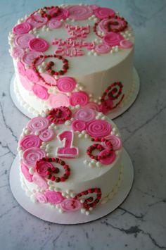 Cute 1st birthday cakes.