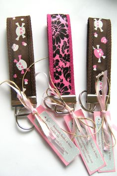 Brown and Pink Skull wristlet keychain. $5.25, via Etsy.