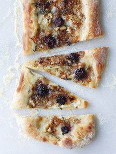 Blackberry Brie Pizza