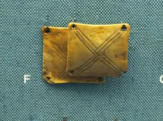 Medieval bone tablet-weaving tablets from Greenland