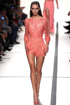 My Favourite! Elie Saab ¡ SS14. Trendy Pastel. http://trendypastel.blogspot.com.es/2014/01/dreaming-on-pastel-spring-elie-saab.html